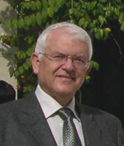 Профессор Авраам Голан